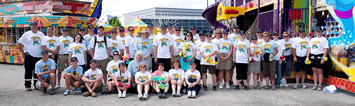 Image: Group of Hydro Ottawa volunteer employees